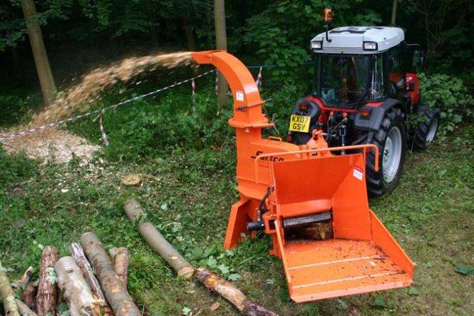 Переработка веток деревьев 93